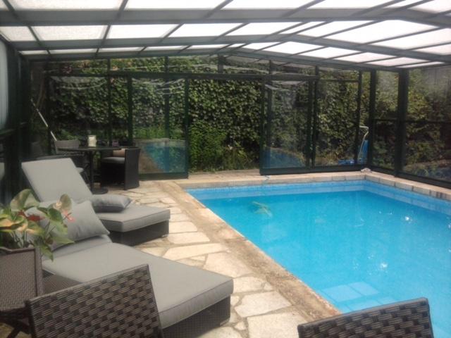 Cubiertas altas telesc picas aqualar piscinas for Piscinas desmontables altas