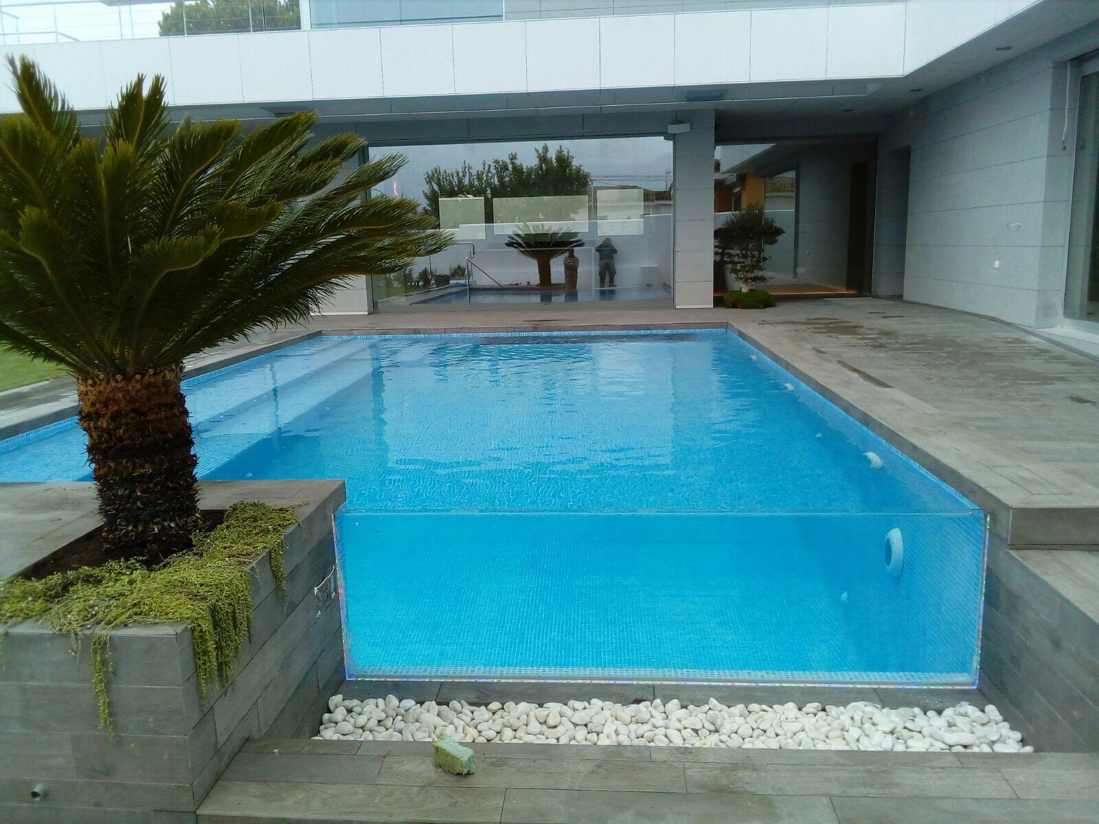 Piscina de cristal aqualar piscinas - Piscina de cristal ...