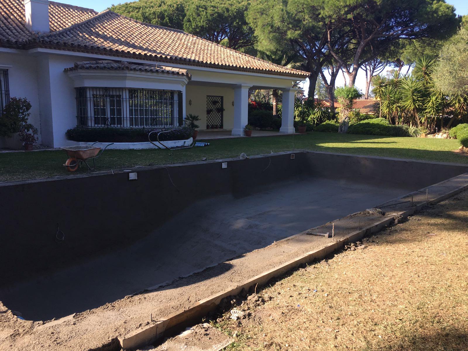 Nuevo proyecto de piscina en el puerto de santa maria for Proyecto de piscina